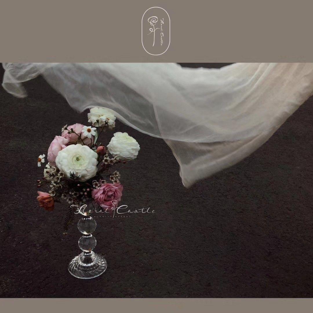 A pretty flower with candle holder. #flower #floral #party #color #installation #crearive #beauty #love #pretty #daily #life #baby #wedding #show #showcase #bouquet #home #decor #garden #Guangzhou #china  #holiday #happy #design #creative #beauty #play #flowerarrangement #inspiration #moodboard #photo #share #idea #flower love #flowerdesign #candle #holder #home #婚礼花艺  #我的中式婚礼 #婚礼布置 #婚礼灵感 #婚礼细节 #花艺设计 #婚礼花艺设计 #婚礼设计 #花艺设计 #花艺培训 #花材分享 #鲜花切 #花艺 #仿真花 #自然 #广州花艺 #全国花艺 #每周一花 #花材 #一周一花 #花艺色彩 #零基础花艺 #花艺灵感