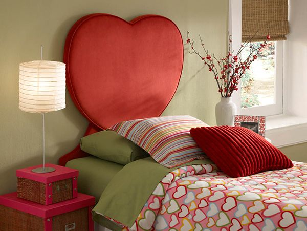 20 Super Fab Heart Shaped Bed Designs Worth Falling In Love With Home Design Lover Kids Headboard Headboard Designs Bed Design