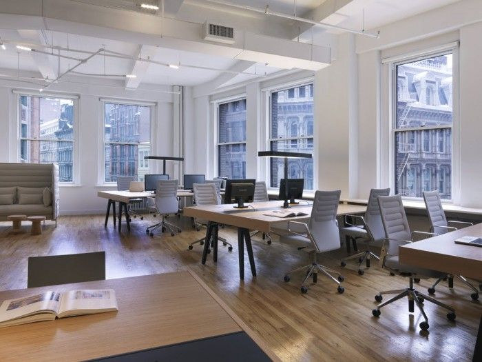 Office tour the 9 best startup and tech offices in new for Interior design office new york