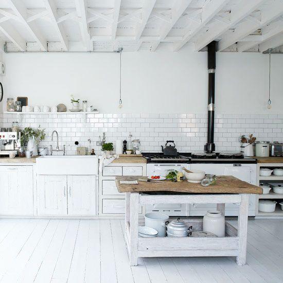 Kitchen Inspiration Traditional white kitchens, Aga and Subway tiles - küche ohne oberschränke