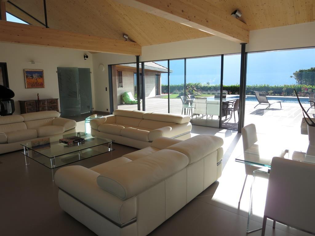 maison contemporaine bois interieur recherche google. Black Bedroom Furniture Sets. Home Design Ideas