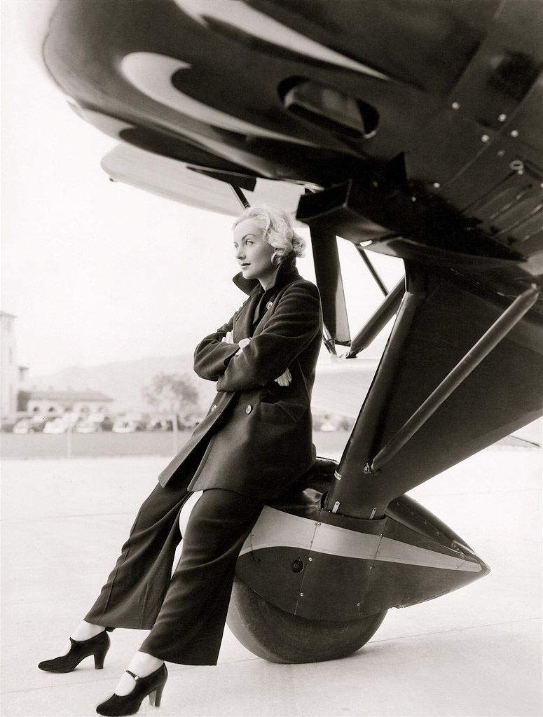 Carole Lombard - Love the shoes and the attitude =]