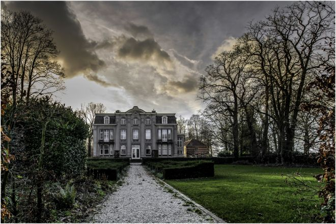 Castle van Ronselen. photo: Geert de Brabander