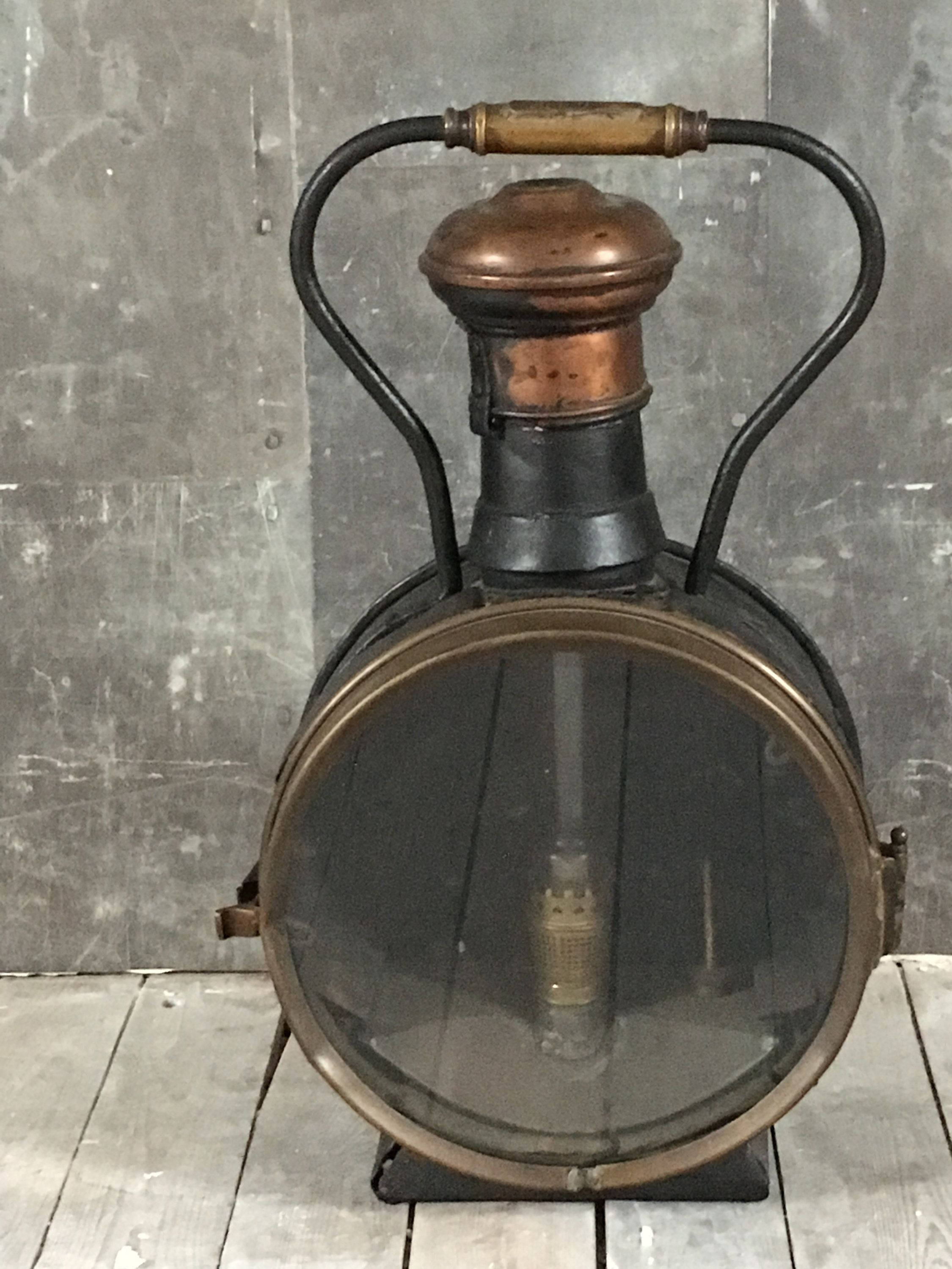 Train Station Light Steam Train Antique Oil Lamp Decor Metal Brass Industrial Train Light Railway Handle Front Light Lantern Oil Antique Oil Lamps Train Pictures Oil Lamps