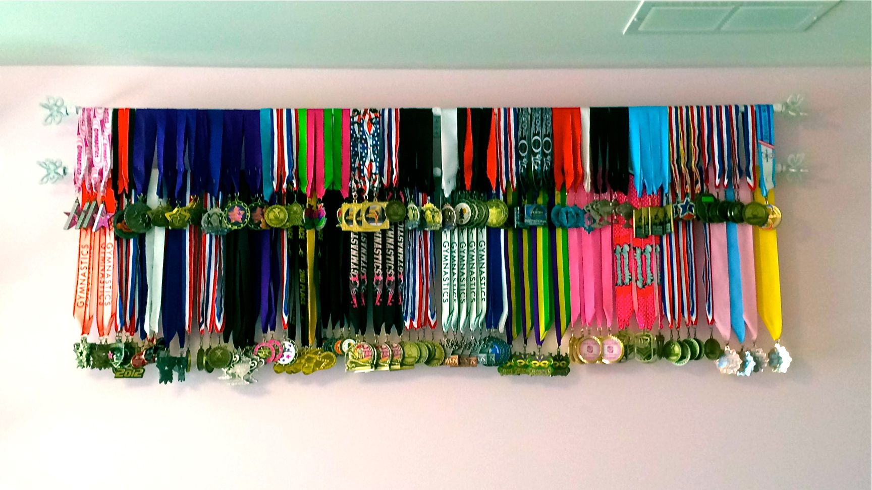 Inexpensive Display For Medals And Ribbons Diy Medals Rack Idea