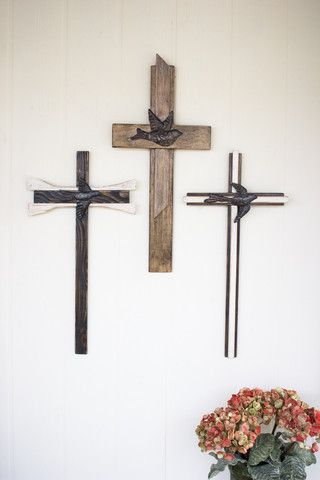 Kalalou Wire and Clay Wall Cross