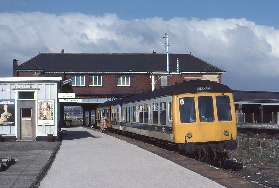 468be2ecaf75a8d2be98b7bf18c0f3ac - Tinpot Railways: Terminal decline #2