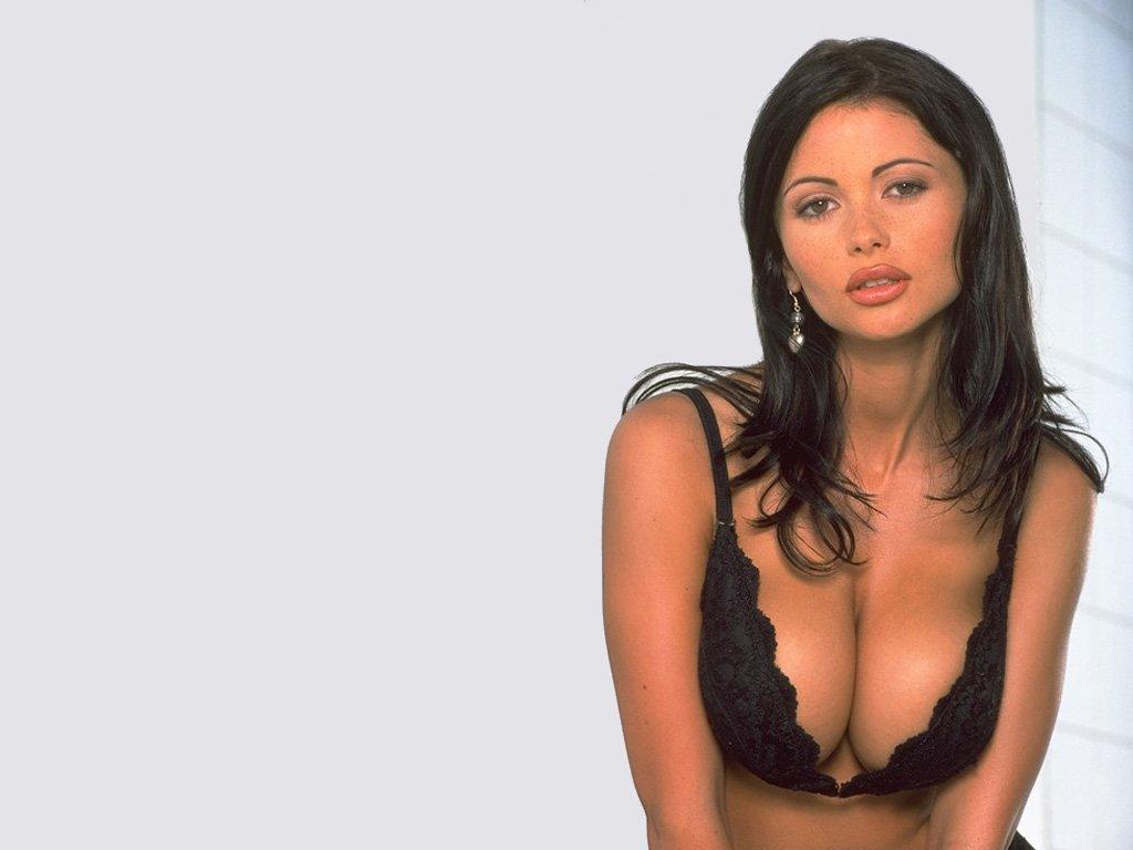 Best lesbian threesomes porn