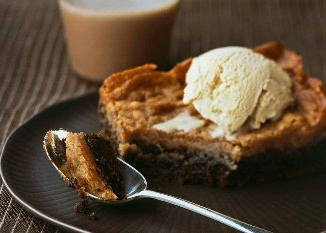 Gooey Butter Cake with Ice Cream