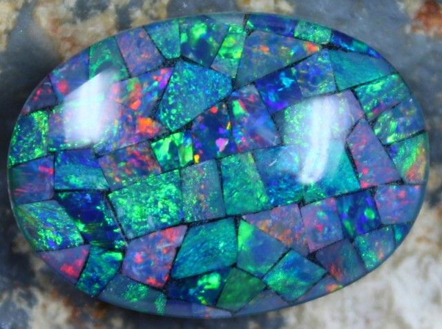 17.20 CTS TOP QUALITY MOSAIC OPAL ELECTRIC COLOR PLAY C5480   opal chips, opal chips , mosaic  fire opal ,