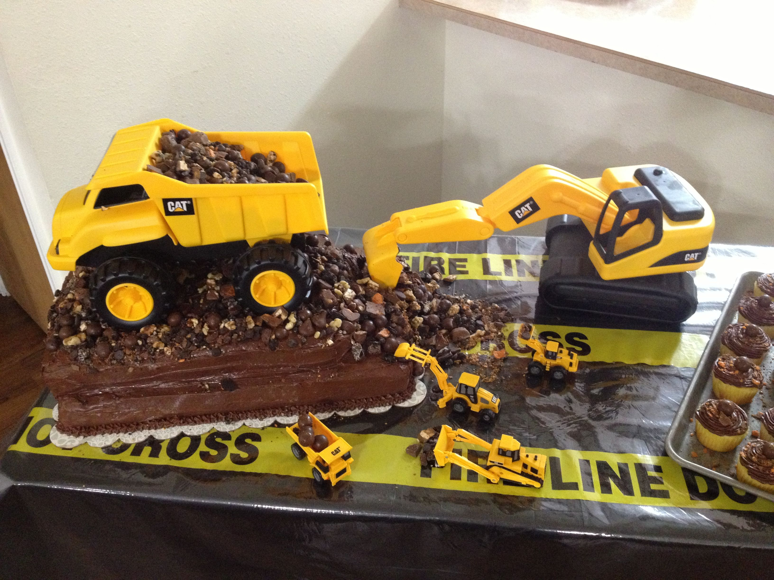 Dump Truck Birthday Cake Products I Love Truck