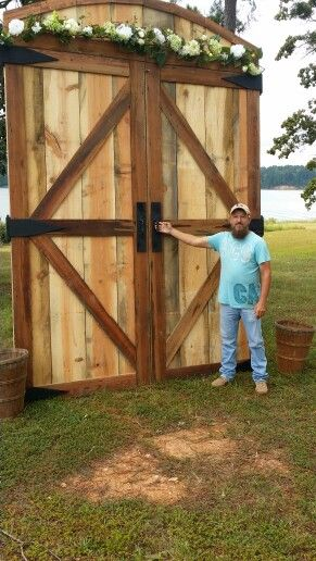 Barn Doors I Built For Wedding Back Drop Courtneys Wedding