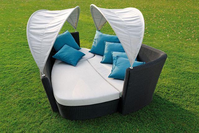 Gartensofa und Liegelandschaft in einem Twin von Stern Möbel