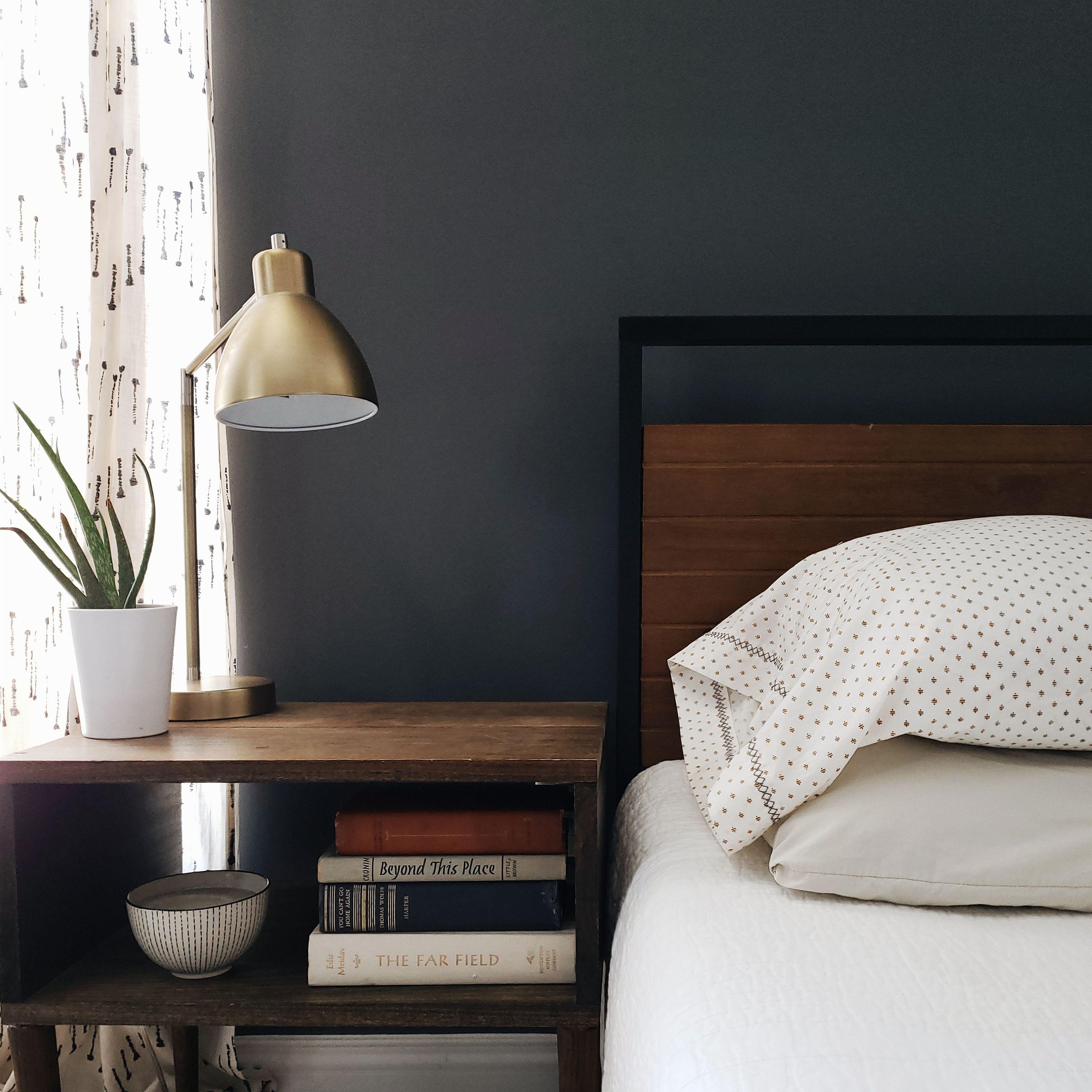 Suzanne Metal And Wood Platform Bed Frame Platform Bed