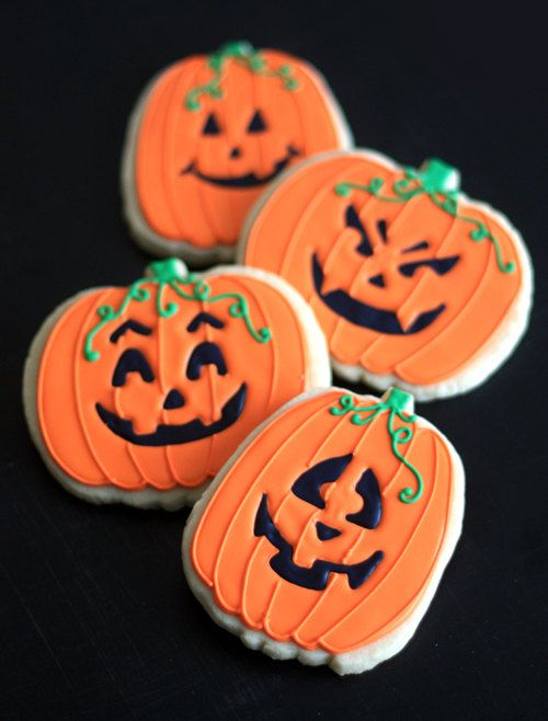 Hand Decorated Sugar Cookies Halloween Pumpkins Jack-o-Lanterns   1 - halloween pumpkin cookies decorating