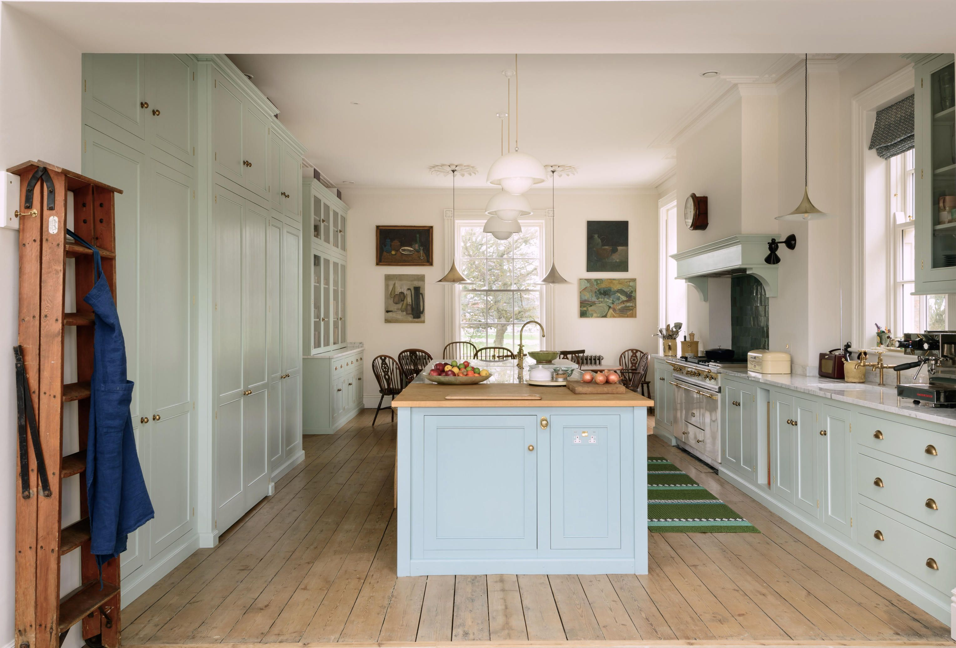From Devol A Dream English Kitchen Size Extra Large For Family Living And Entertaining Devol Kitchens Kitchen Cabinet Remodel Craftsman Kitchen