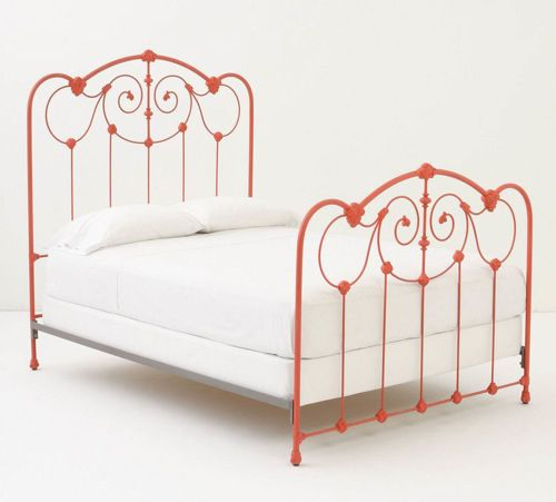 10 Whimsical Wrought Iron Beds With Images Red Bedding
