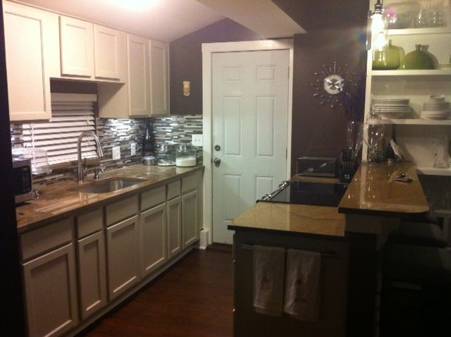 Full Size Kitchen In 400 Sq Ft Garage Apartment Home In 2019