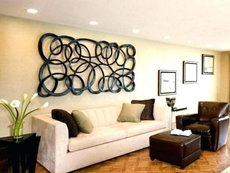 How To Decorate Big Empty Wall Surprising How To Decorate A Large