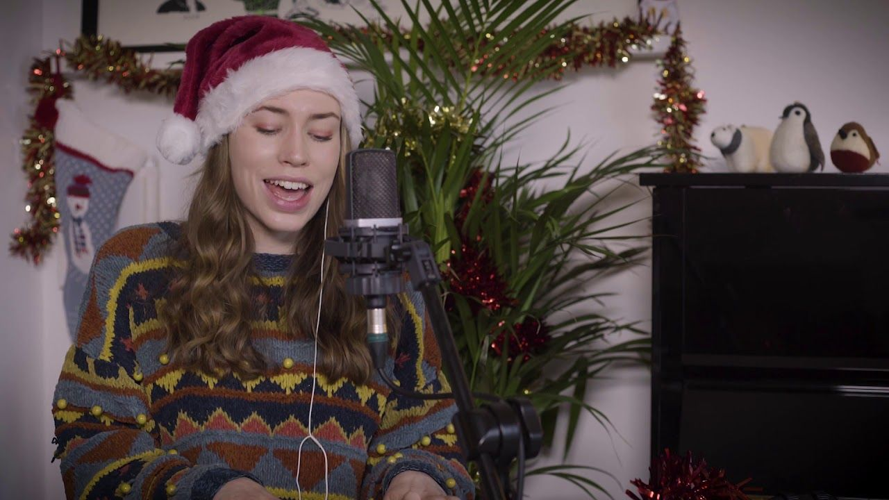 Mariah Carey All I Want For Christmas Sarah Close Youtube Mariah Carey Sarah Close Mariah