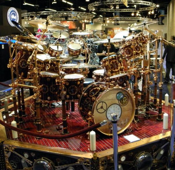 steampunk drum set used by neil peart on the time machine tour for rush a few pics and a video. Black Bedroom Furniture Sets. Home Design Ideas