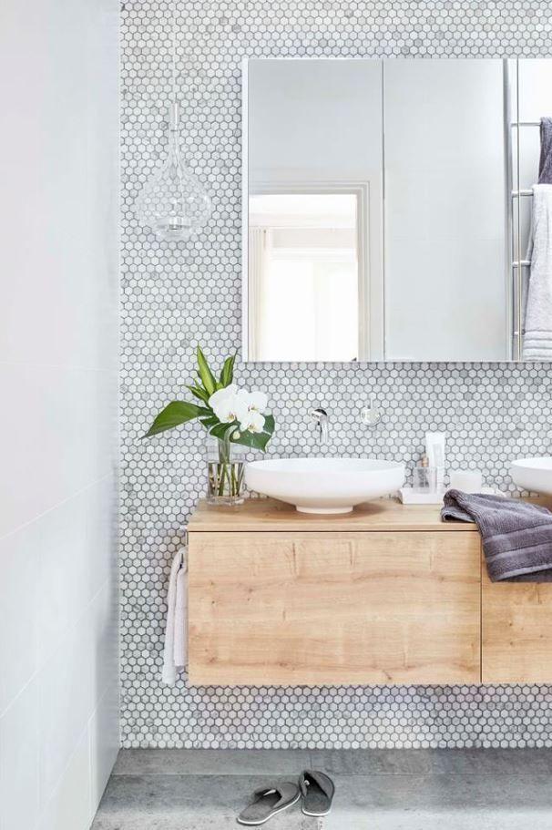Bright Bathroom With Honeycomb Tile And Birch Counter Minimalistbathroom Trendy Bathroom Modern Farmhouse Bathroom Modern Powder Rooms