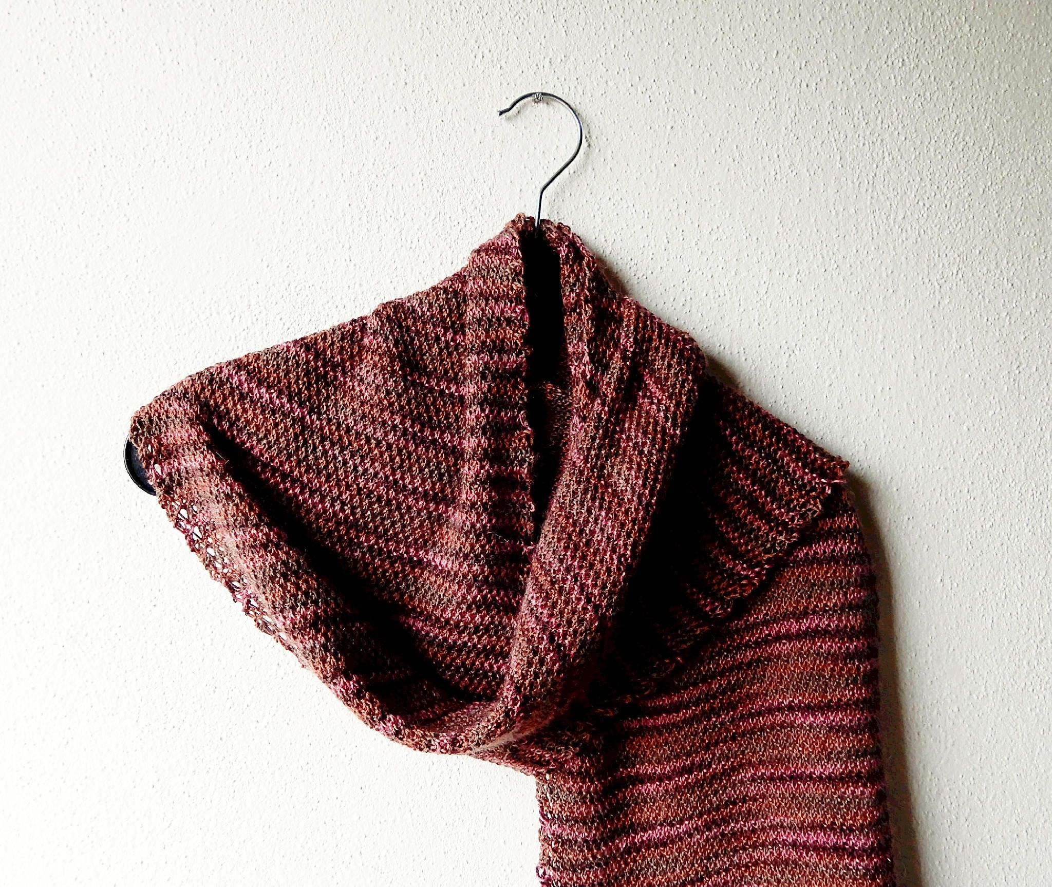 Shawl knitting pattern in fingering weight yarn - beginner pattern ...