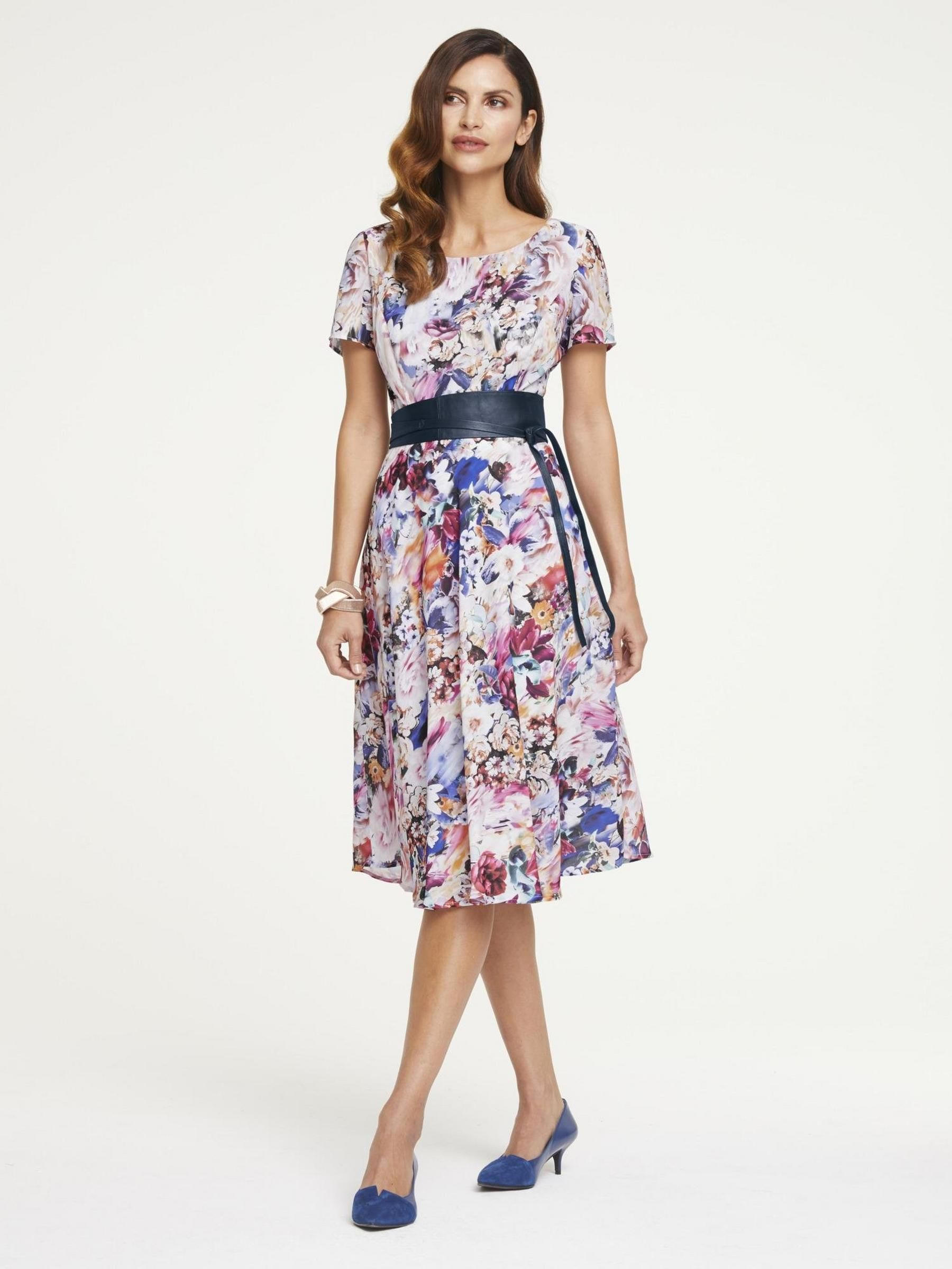 heine--timeless print dress with floral--camila morais-- in