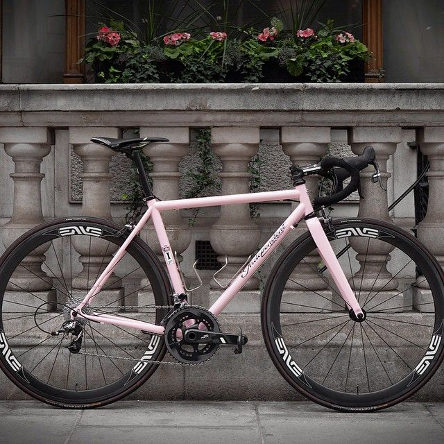 Indyfabulous Another amazing build and photo from @bespokecycling -->