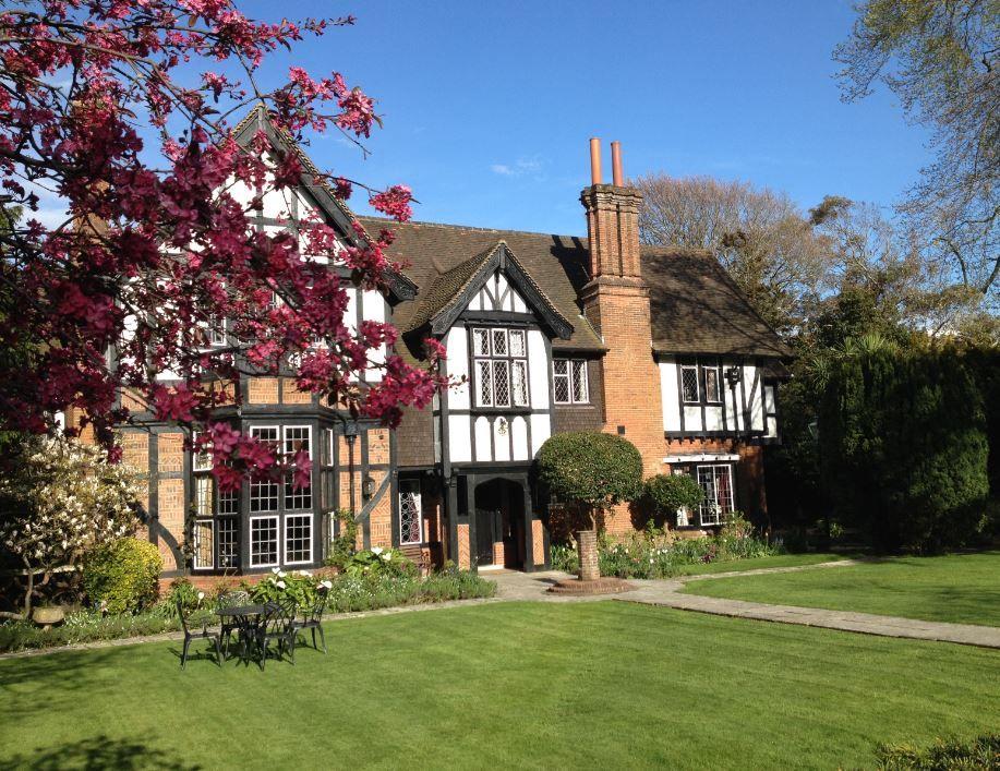 Tudor Grange Hotel Bournemouth Dorset Uk England Holiday Travel
