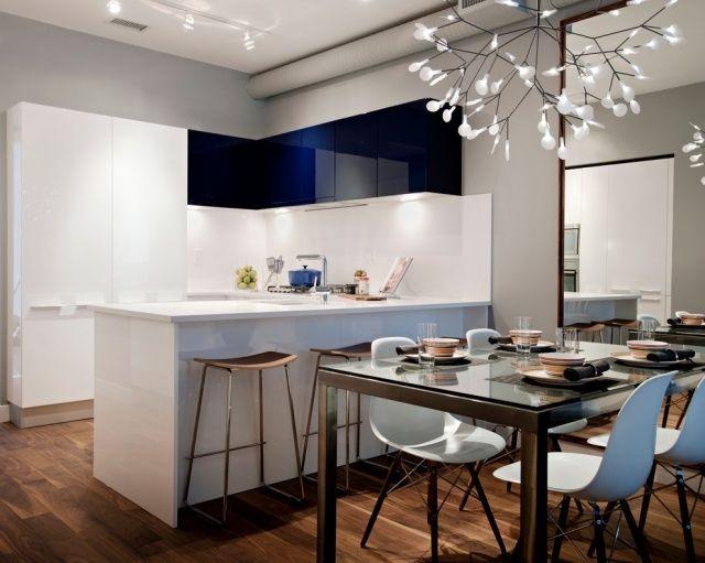 moderne weiße küche essbereich schwarz moderner kronleuchter ...