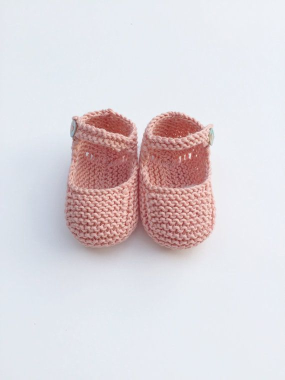 Baby Clothing Set: Romper, Collar, Bonnet And Booties Get the look ...