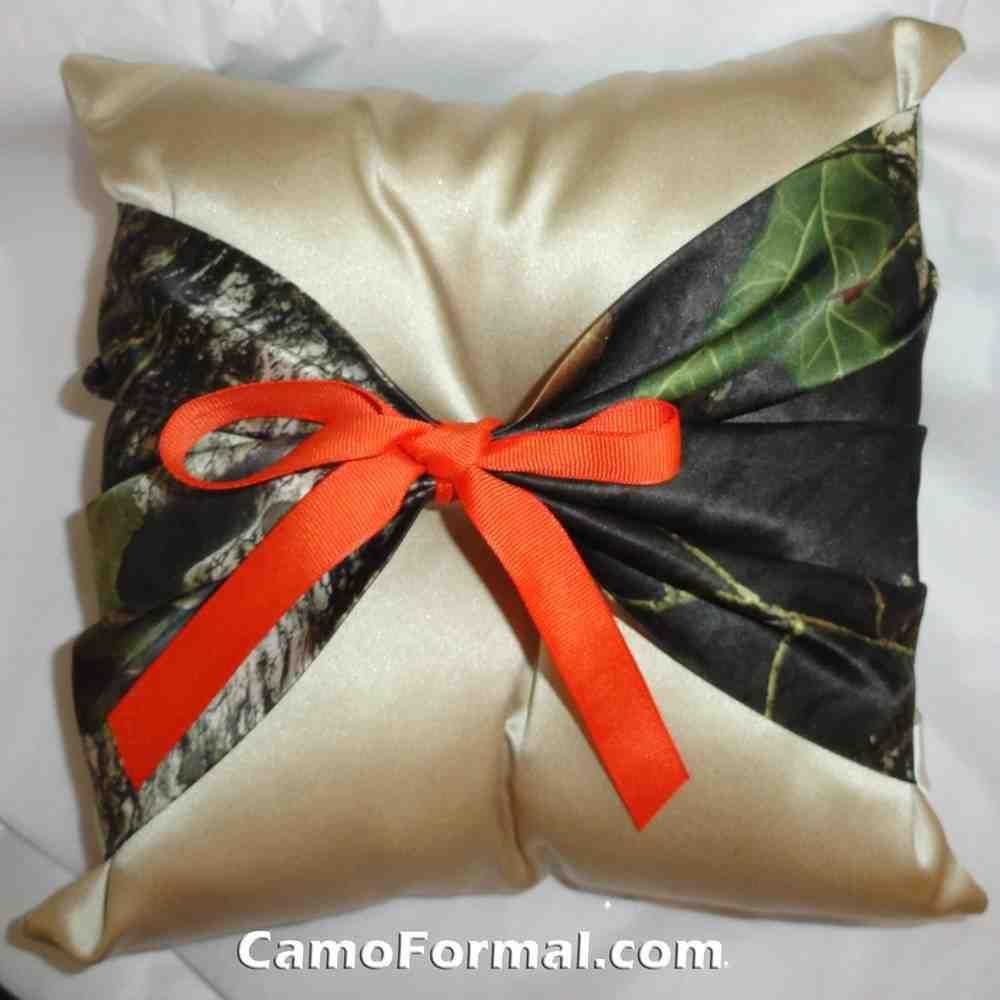 Camo Ring Bearer Pillow   Ring Bearer Pillow   Pinterest   Ring ...