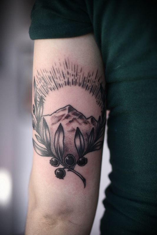 Alice Carrier Is A Tattoo Artist At Wonderland Tattoo In: Mountain, Sunshine, Branch By Alice Carrier