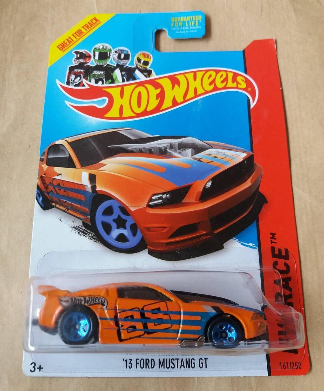 Ford Mustang GT Stok : 1Pcs Harga : 20rb KONDISI SESUAI FOTO  WA : 0857 1475 9317 LINE : suryajaya15 PIN : 5C75651D  #hotwheels #mattel #diecast #khwl #hotwheelscollector #jualbelihotwheels #thelamleygroup #hotwheelsmania #hotwheelsjakarta #hotwheelsmurah #hotwheelspics #koleksihotwheels # #hotwheelsaddict #diecastcollector #toysforsale #jualmainan #jualhotwheels #jualhotwheelsmurah #jualanhotwheels #diecastforsale #hotwheelslovers #hotwheelskaskus by sjy_garage