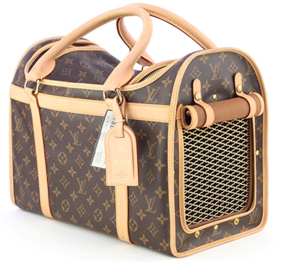 Pin by Halliebug on Cinch Dog carrier, Louis vuitton dog