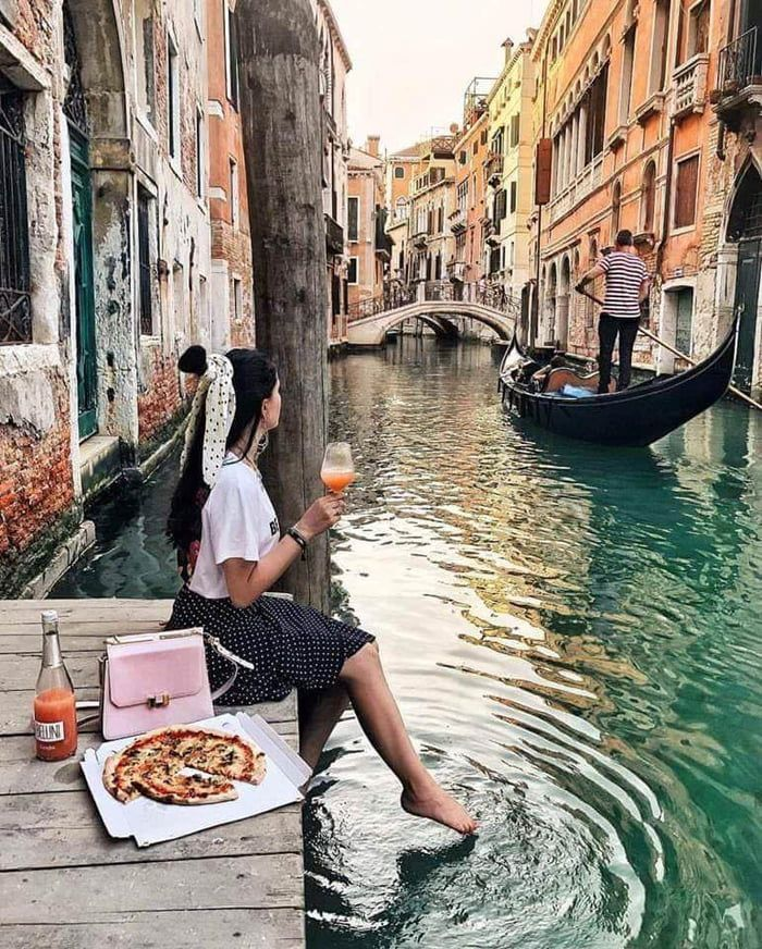 Pizza delivery in Venice Italy. #style #shopping #styles #outfit #pretty #girl #girls #beauty #beautiful #me #cute #stylish #photooftheday #swag #dress #shoes #diy #design #fashion #Travel