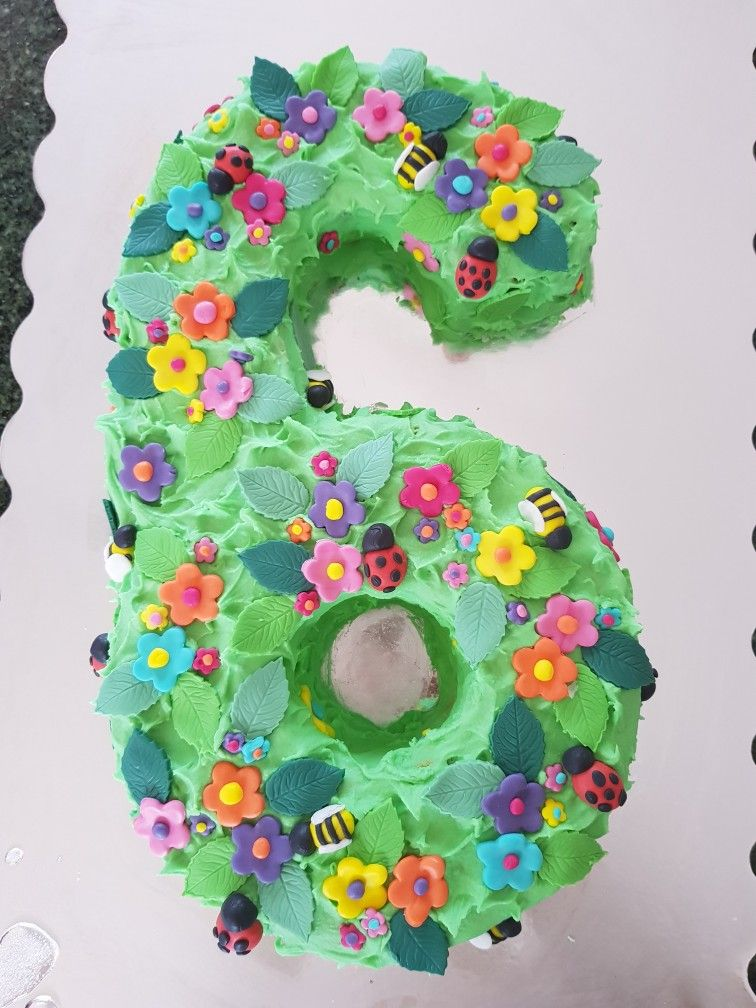 Enchanted garden 6th birthday cake. Buttercake with ...