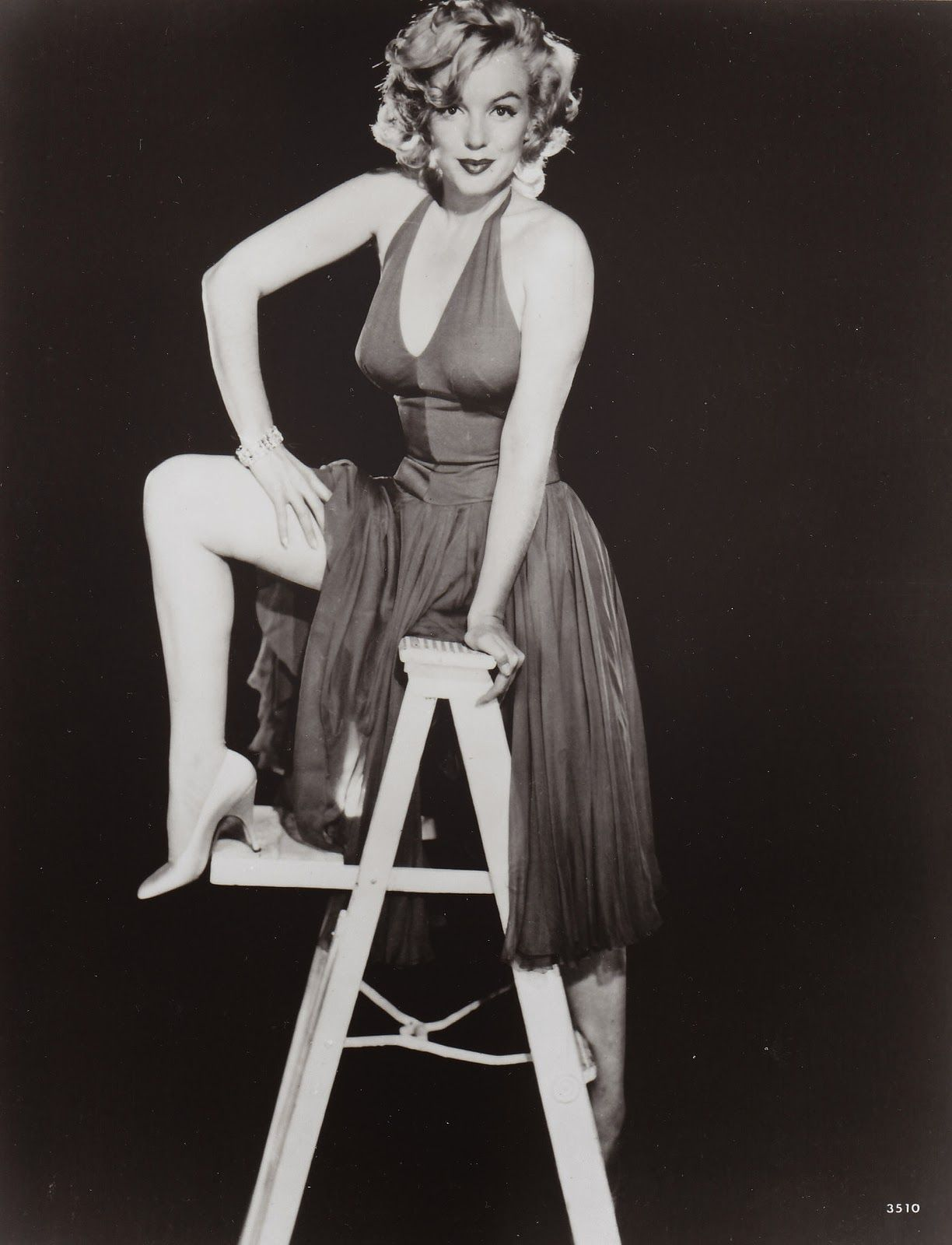 vintage everyday: Rare and Beautiful Portrait Photography of Marilyn Monroe from the 1950s