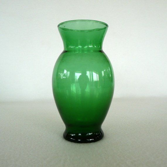 Forest Green Vase Anchor Hocking VIntage by sweetrice on Etsy, $8.00