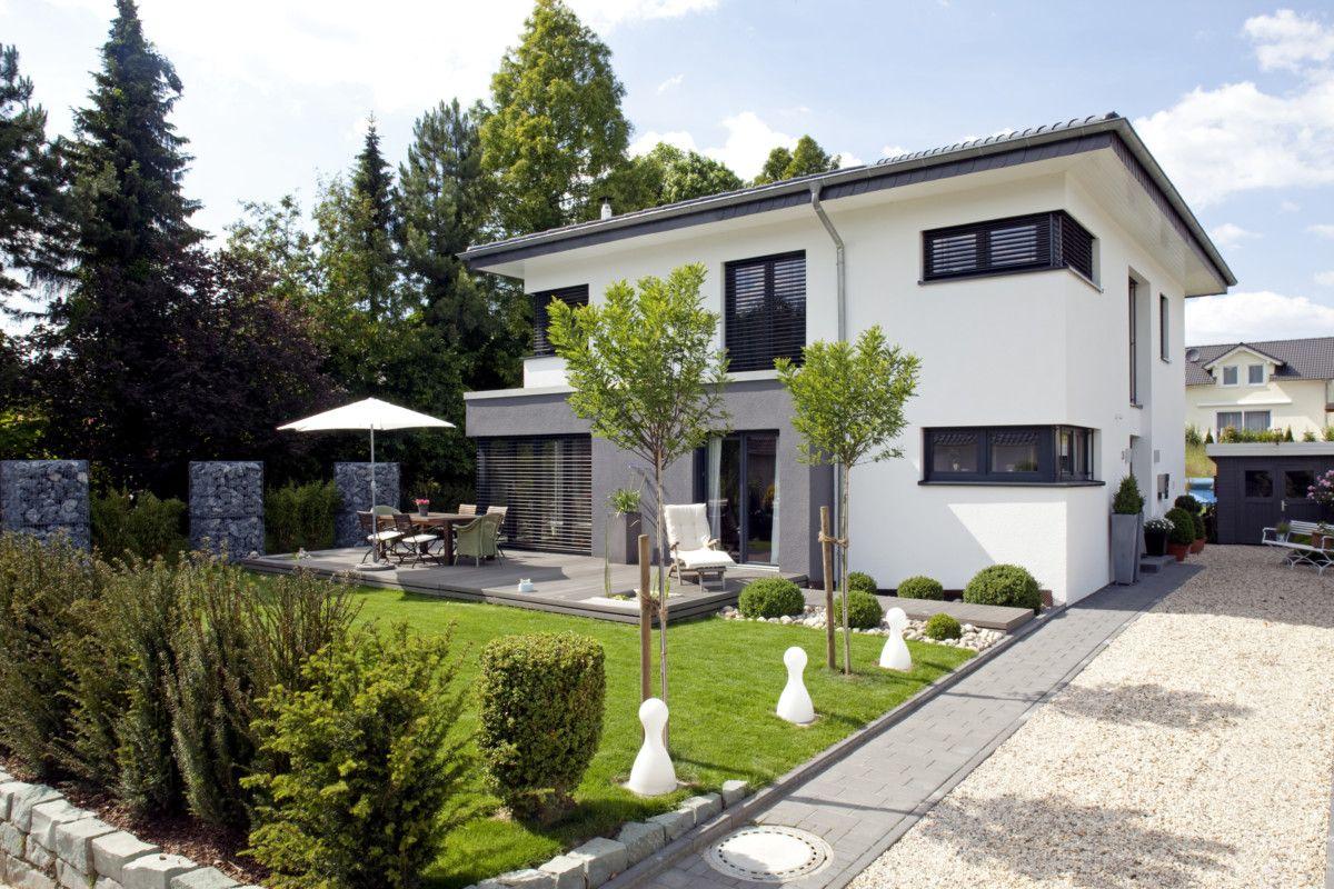 stadtvilla haus freiberger baumeister haus massivhaus mit zeltdach bilder grundrisse. Black Bedroom Furniture Sets. Home Design Ideas