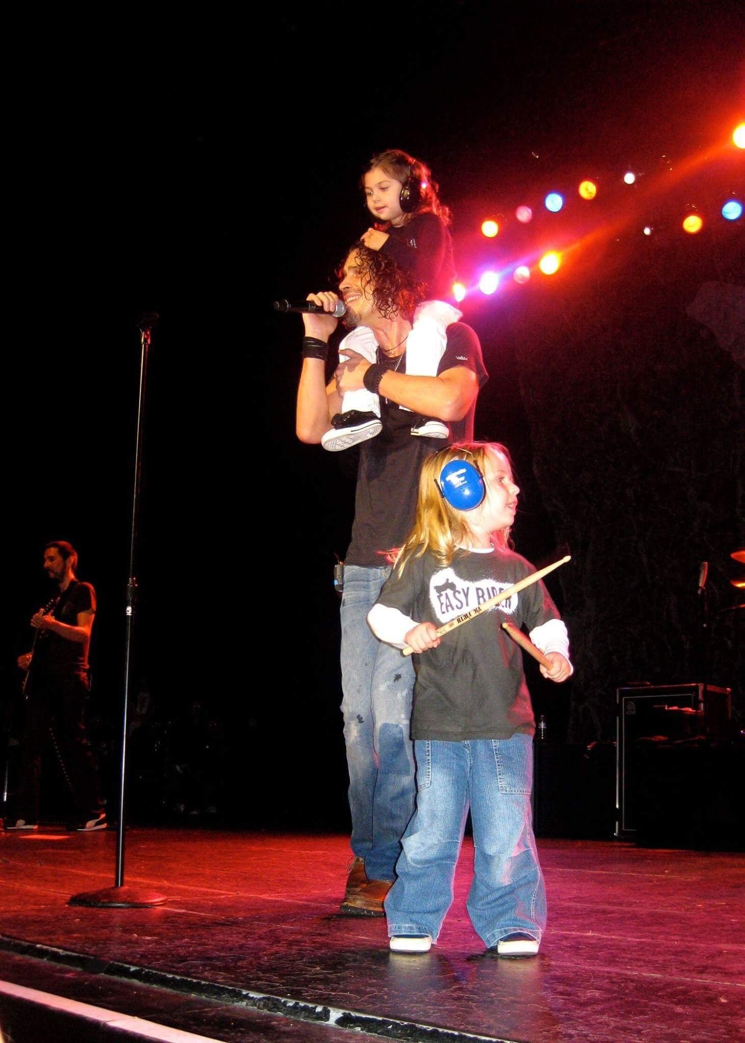 Beautiful chris cornell with his kids with images