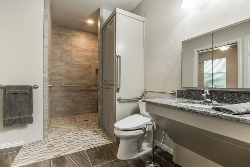 Pin By Dfw Improved On Master Bedroom Ada Bathroom And