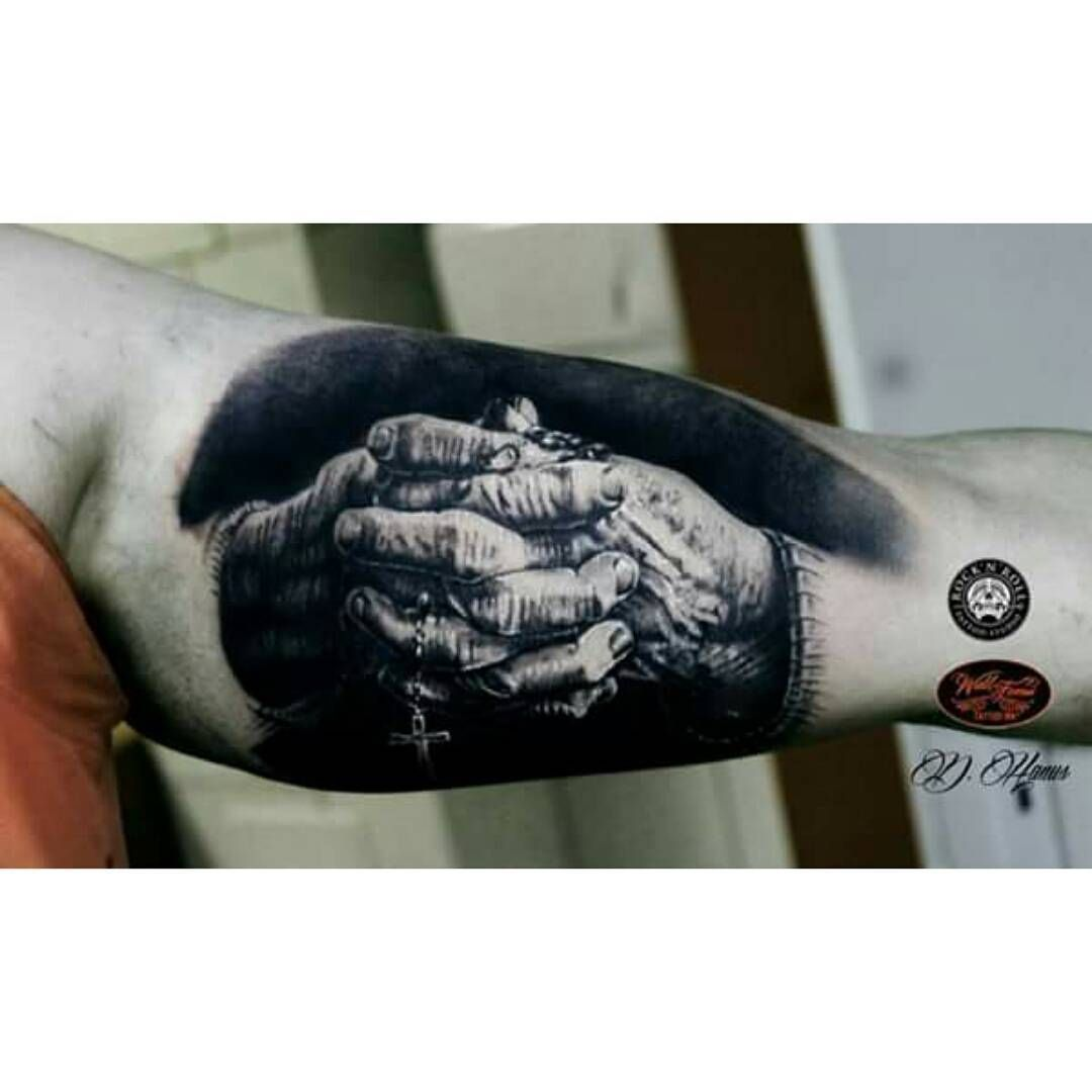 Tattoos for men praying hands praying hands tattoo  tattoo  pinterest  tattoos praying hands