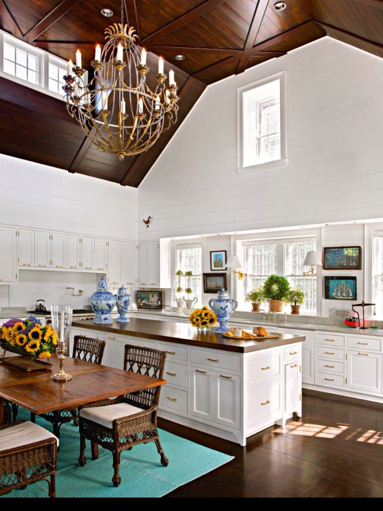 Susan Zises Green Nantucket Kitchen Via Traditional Home Nantucket Home Home White Shiplap Wall
