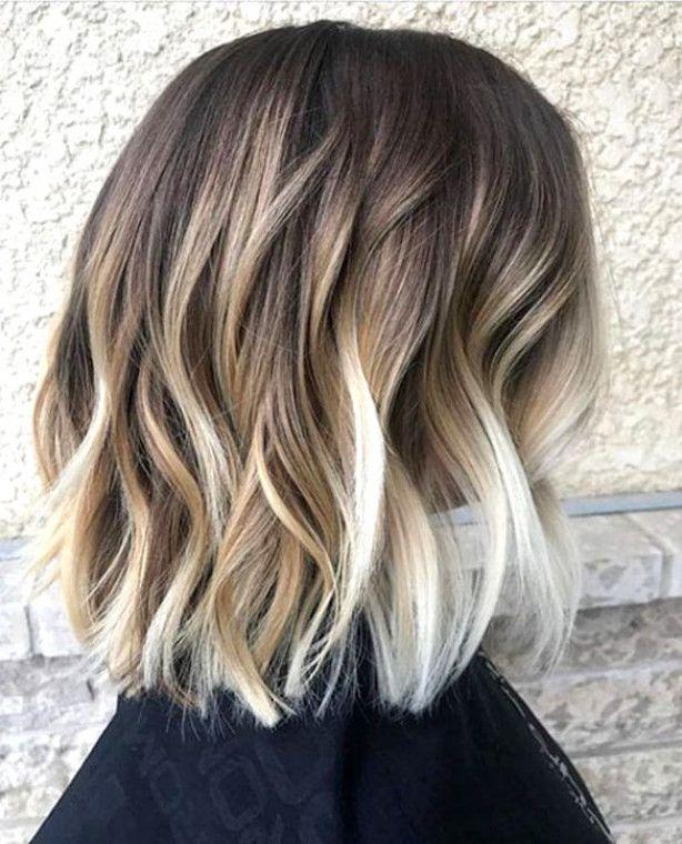Beach Waves Short Hair Ombrehairblonde Short Hair Balayage Hair Styles Chic Short Hair