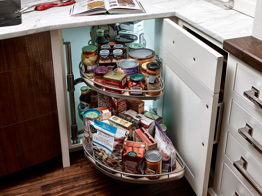 How To Add Storage To A Kitchen - Zillow Digs | Cocina pequeña ...