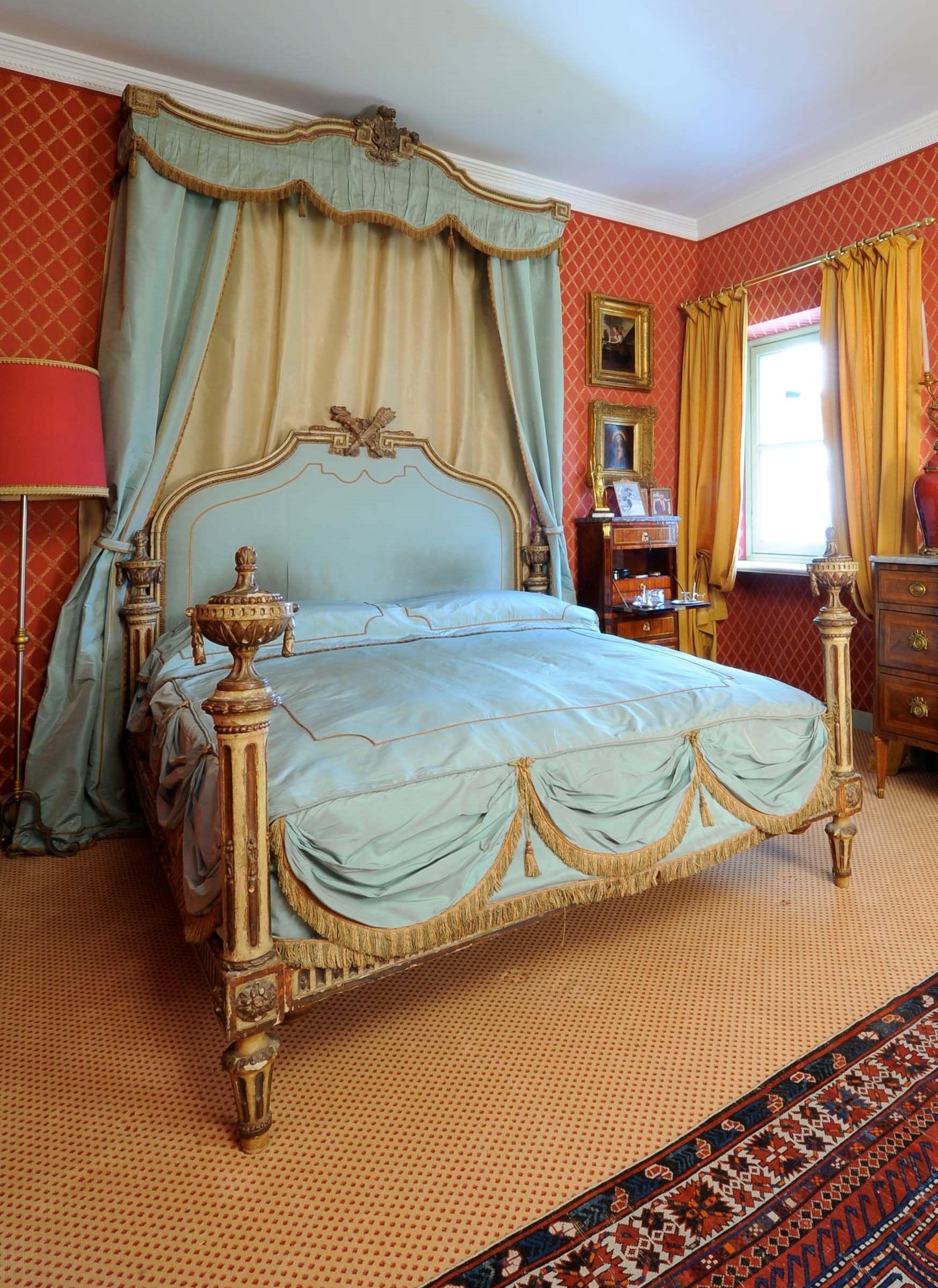 Letto laccato con baldacchino, XVIII secolo   Bedroom Ideas ...