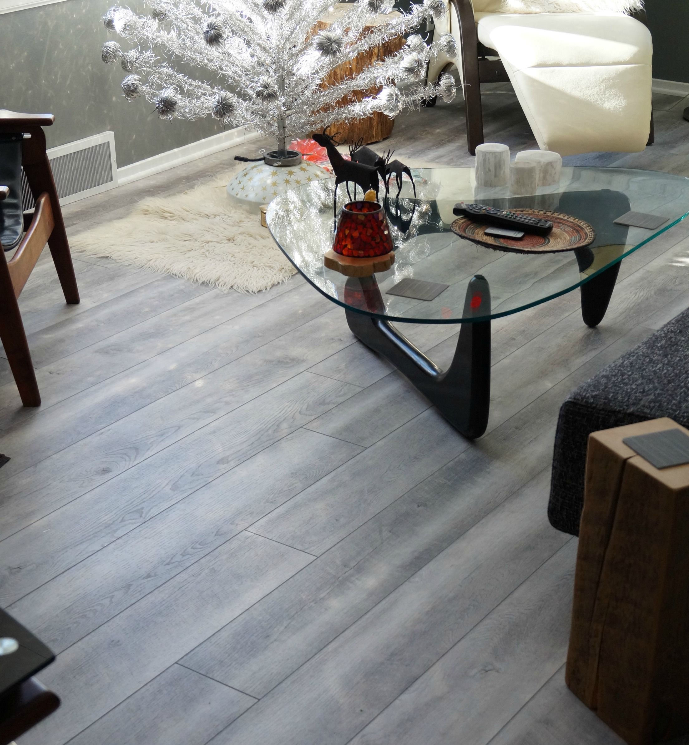 coretec hd mont blanc driftwood luxury vinyl plank in mid century living room design work. Black Bedroom Furniture Sets. Home Design Ideas