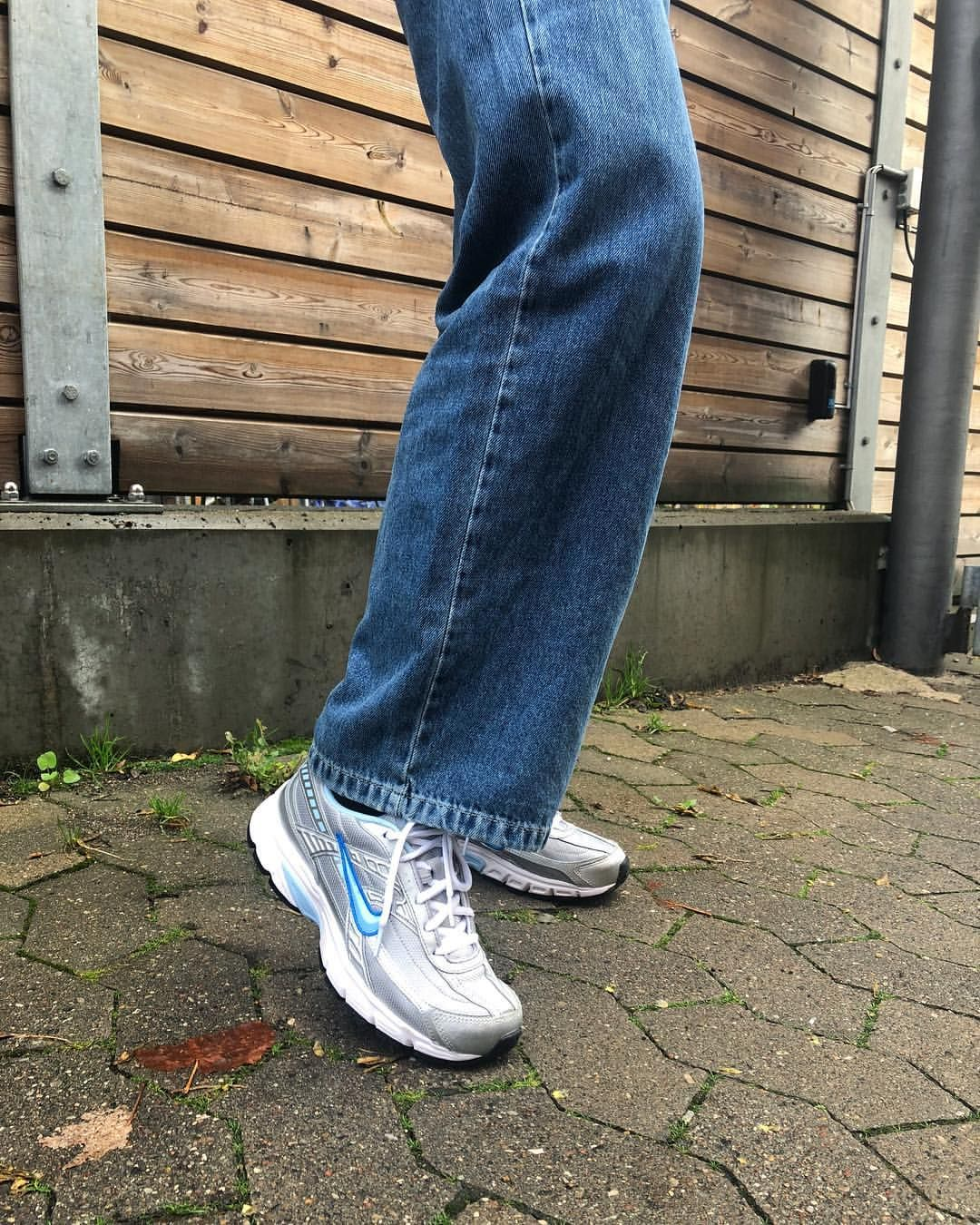nike initiator argent blue | Types of